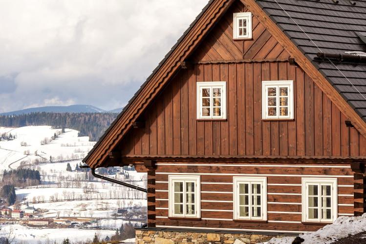 Деревянный горный дом
